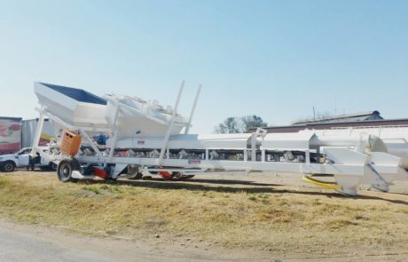 Batching plant - Mobile readymix Screw above belt